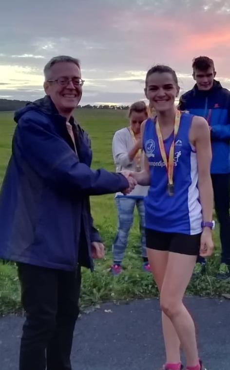 Laura Cheetham, 1st place female, Jesmond Anniversary Race, 2019